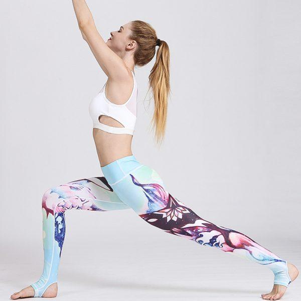 yoga legging submarine design model stretching