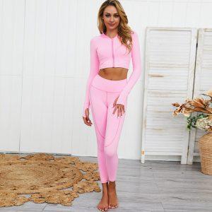 zipper yoga set pink carpet